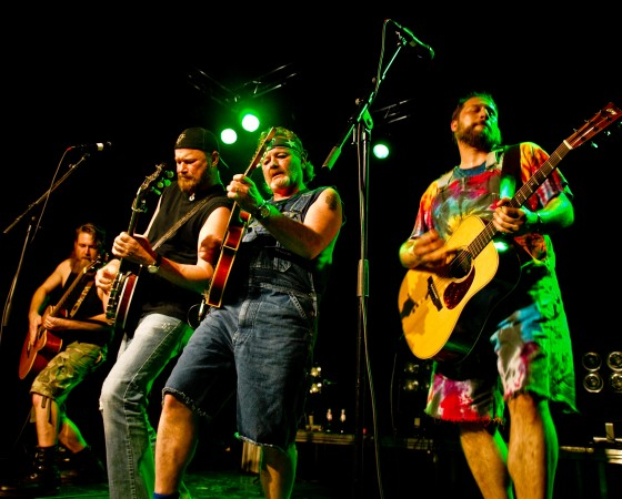 HAYSEED DIXIE (us)